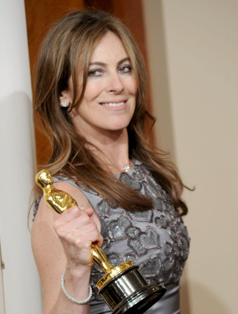 Regisseur Kathryn Bigelow viert haar Oscar voor The Hurt Locker. Beeld UNKNOWN