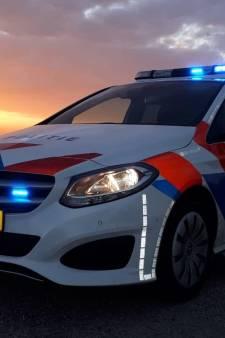 Man (27) van fiets getrokken en ernstig mishandeld door messentrekkers in Heerhugowaard