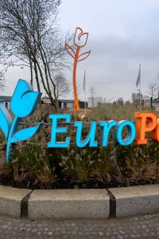 Hoogwater: het is kielekiele op het spiksplinternieuwe Resort aan de Maas in Kerkdriel