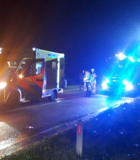 Auto belandt in sloot in de Hoeksche Waard: bestuurder heeft teveel alcohol gedronken
