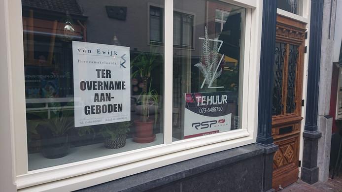 De gevel van Bar Zeven aan de Kerkstraat.