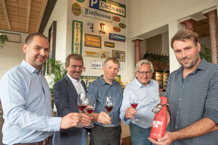 Brouwerij Liefmans en warenhuisketen Colruyt lanceerden het bier pas begin juli.