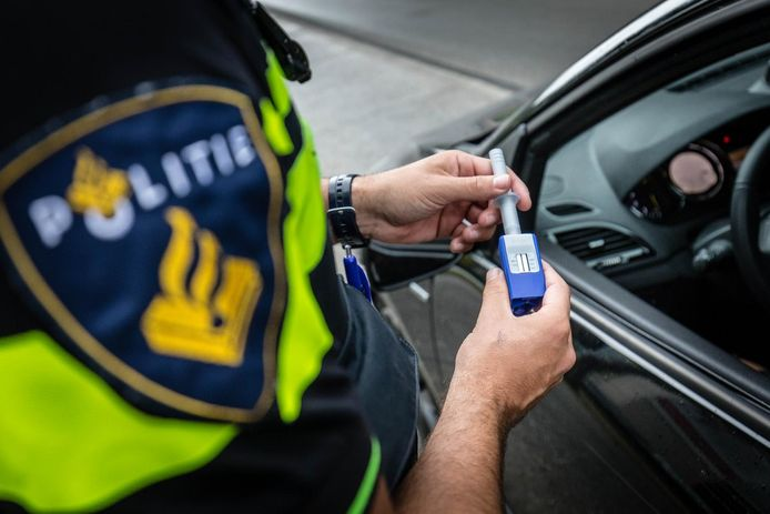 De politie heeft sinds 1 juli de beschikking over een speekseltest.
