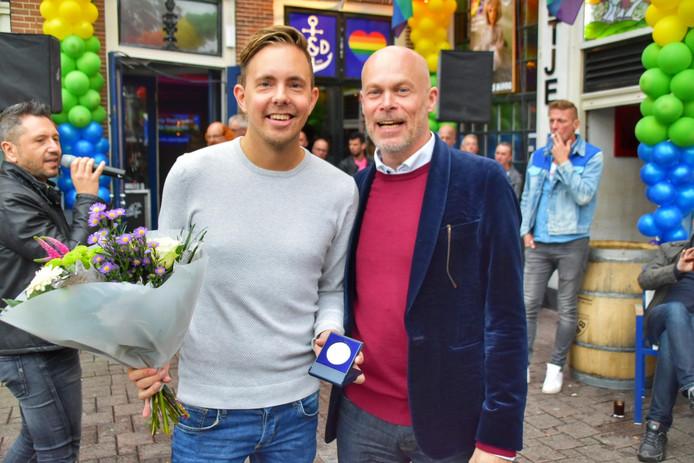 Simon Timmerman en wethouder Cees van Eijk.