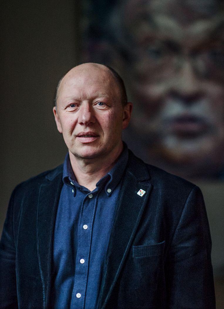 Hans Bonte, burgemeester van Vilvoorde: 'Wat geldt voor scholen, geldt ook voor kinderopvang en sportinfrastructuur: er moet zo rap mogelijk zo veel mogelijk bij komen.' Beeld Karoly Effenberger