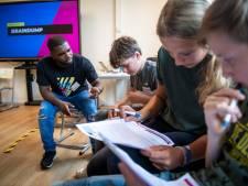 Carmel College Losser: Geen saaie les maar een dagje inzetten voor het algemeen nut