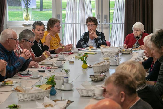 Elke tweede zondag is er een Lunchcafe voor 55-plussers tot 90-plussers in Geldrop.