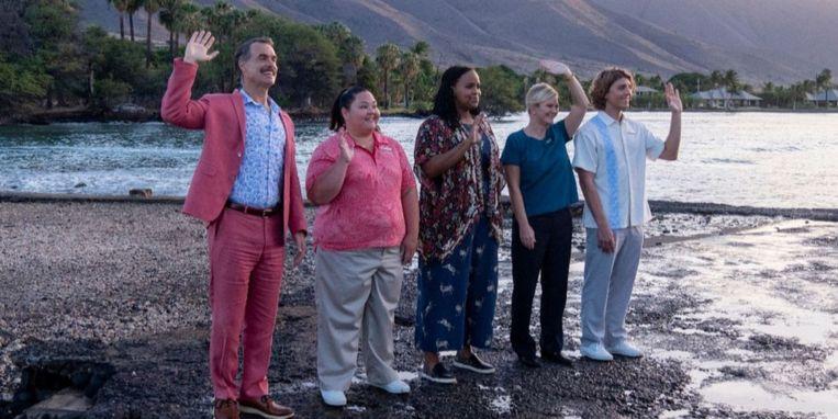 Het personeel van het resort The White Lotus in de gelijknamige serie.  Beeld