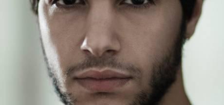 Mocro Maffia-acteur Achraf Koutet werd geboren in Enschede: 'Ik heb ook wel wat met die stad'