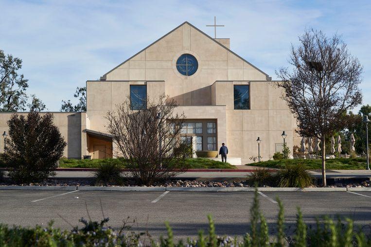 De Our Lady Queen of Angels, de katholieke kerk waar de Bryants naar de mis gaan en Kobe de ochtend van de fatale crash vermoedelijk nog had gebeden. Beeld NYT/PHILIP CHEUNG