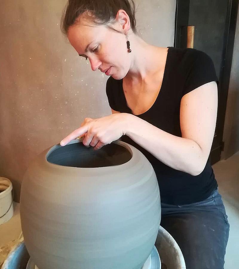 Wie keramiek cadeau wil doen tijdens de feestdagen kan bij An Beullens terecht in Tielt-Winge.