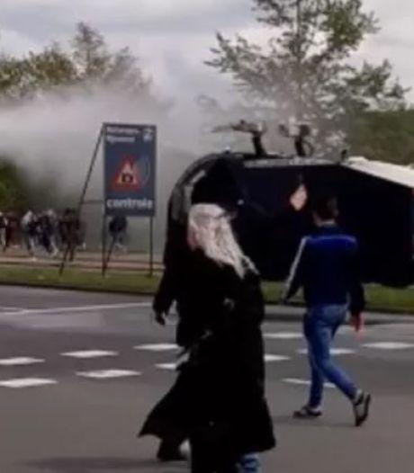 Aboutaleb verdedigt politieoptreden na wedstrijd Feyenoord: 'Relschoppers vermengden zich met fans'