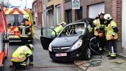 Bestuurster (24) lichtgewond na zware klap op kruispunt