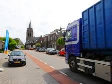 Bedrijf vreest vrachtwagenverbod: 'Als dit doorgaat moeten we vestiging Groot-Ammers sluiten'