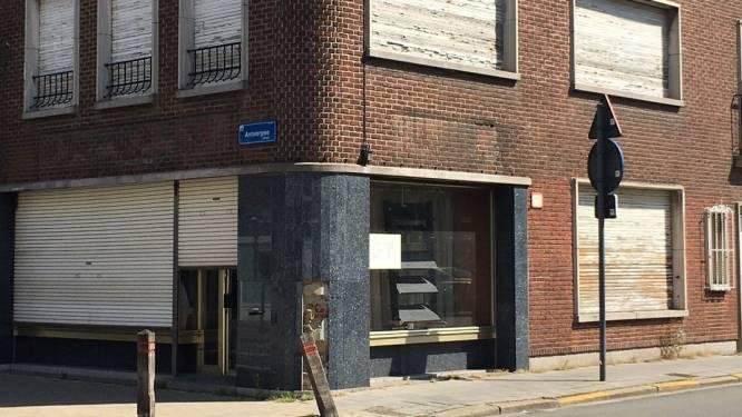 Hoekpand in Antwerpsestraat wordt afgebroken: drie weken hinder verwacht