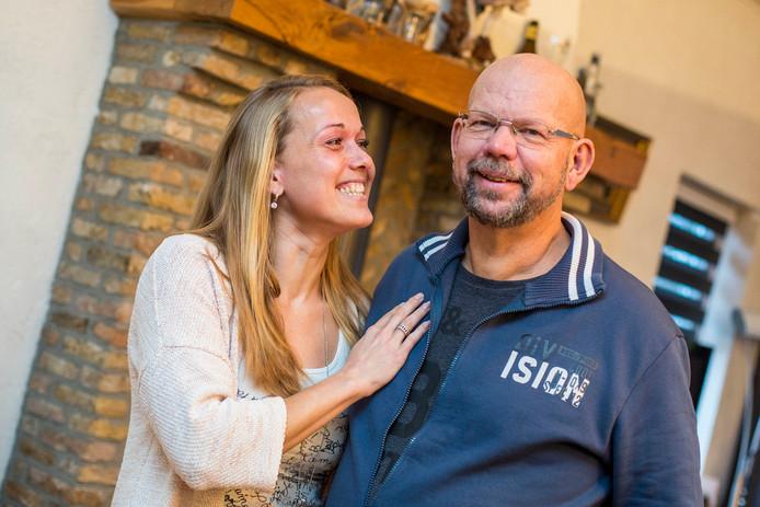 Esther Ligthart en haar vader, die de aanleiding was voor de zo succesvolle actie.