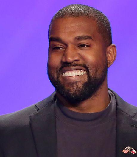 Kanye West a emménagé dans... un stade de football