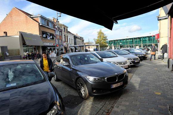 Ook aan het station in Zaventem is het altijd zoeken om je wagen kwijt te geraken.