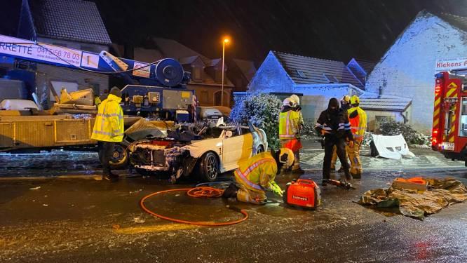 Uitschuiver onder vrachtwagen in eerste sneeuw kent dodelijk afloop: Ian (31) week na ongeval overleden