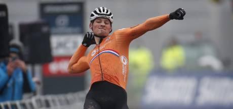 IJzersterke Van der Poel laat Van Aert kansloos en pakt vierde wereldtitel
