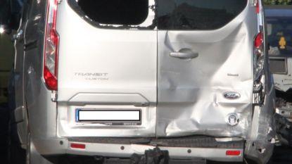 Dolle automobilist die voetgangers probeerde omver te maaien vrijgelaten onder voorwaarden