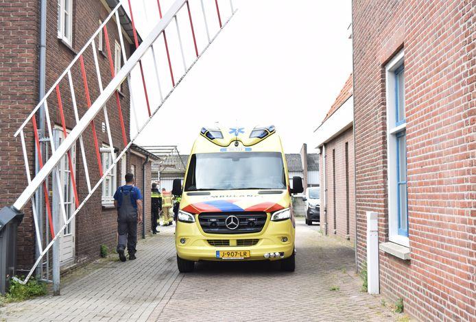 De ambulance bij de papierfabriek