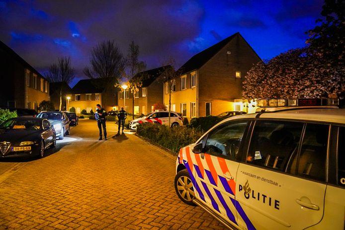 Politie onderzoekt de schietpartij aan de Dr. Klompelaan in Helmond.