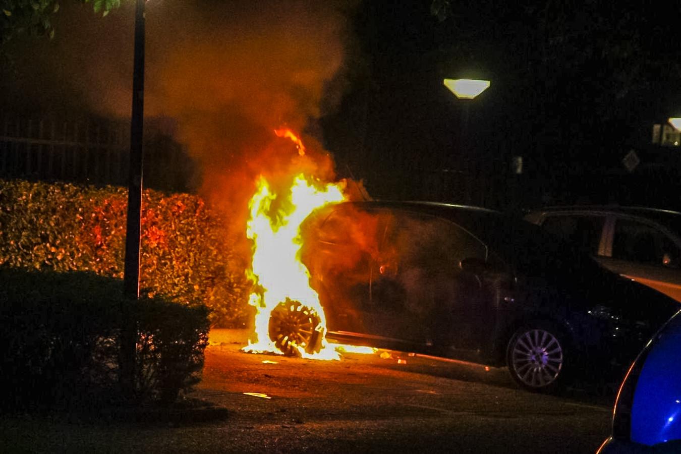 Een voorbijganger ontdekte de brand.