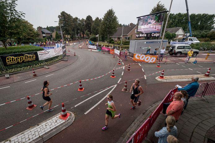 'Het aantal hele triatlons is op één hand te tellen', meldt de organisatie van De Haere Triatlon.