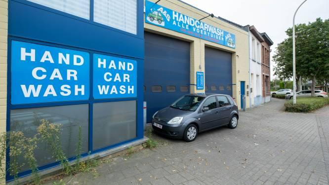 Zwartwerkers betrapt bij carwash: zaak tijdelijk verzegeld