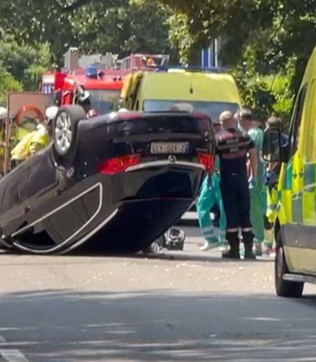 Impressionnant accident de voiture à Uccle