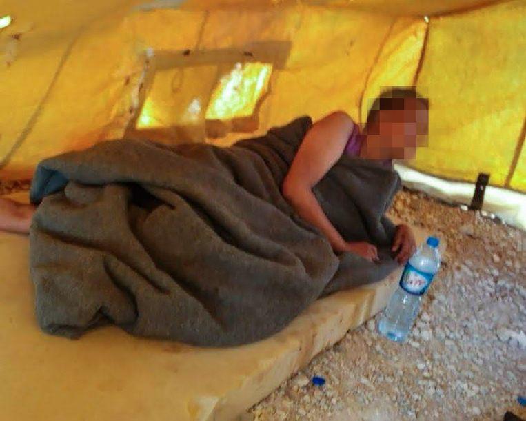 De Nederlandse Chadia B. uit Amsterdam in kamp Al-Hol in Syrië. Beeld prive