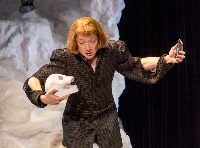 Wart Kamps speelt 'De Goede Richard III'.