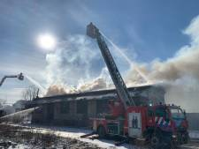 L'incendie à la gare d'Uccle-Calevoet est maîtrisé et le trafic des trains rétabli