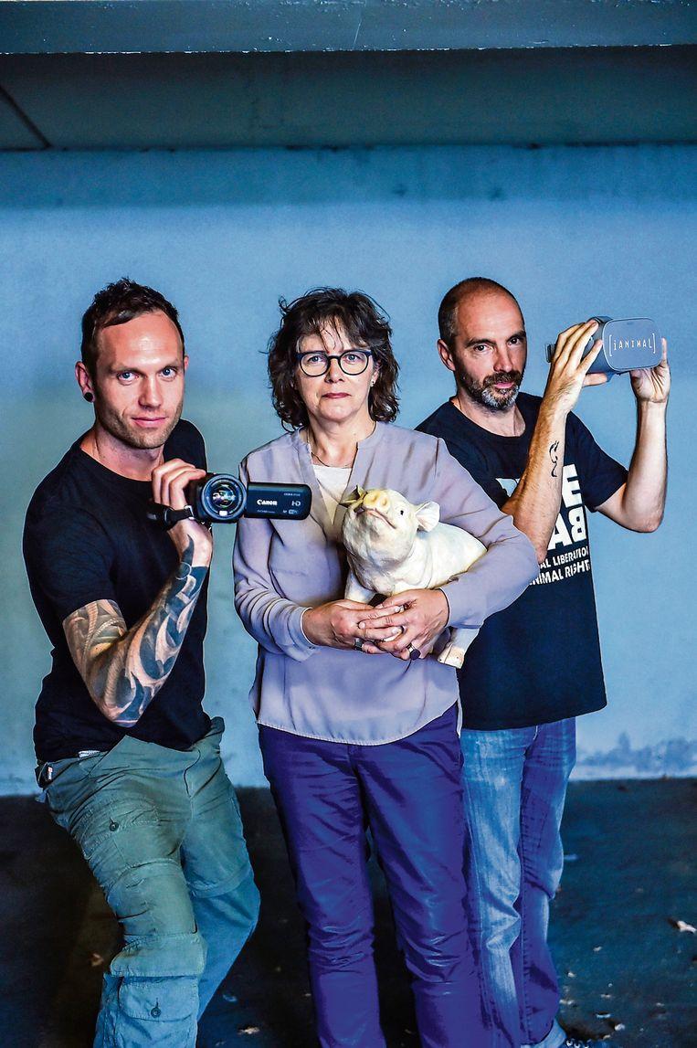 V.l.n.r.: Ann De Greef (GAIA), Benoit Van den Broeck (Animal Rights) en Benjamin Loison (Bite Back). Beeld Koen Bauters