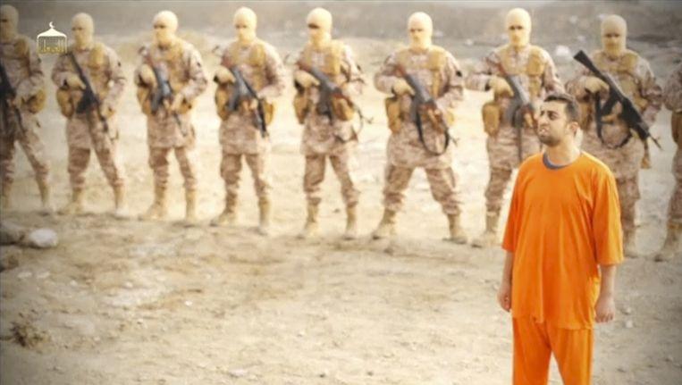 Piloot Al-Kasasbeh werd volgens Jordanië al op 3 januari vermoord. Pas deze week werd het filmpje verspreid. Beeld REUTERS