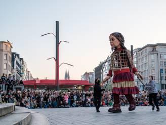 IN BEELD. Reuzin Amal gisteren gemist? Hier kan je haar vandaag nog spotten in Antwerpen