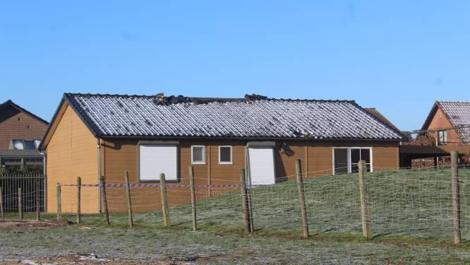 """Dertigers riskeren drie jaar cel omdat ze chalet in brand staken: """"Diefstal was niet voldoende, ze gingen voor de totale vernieling"""""""