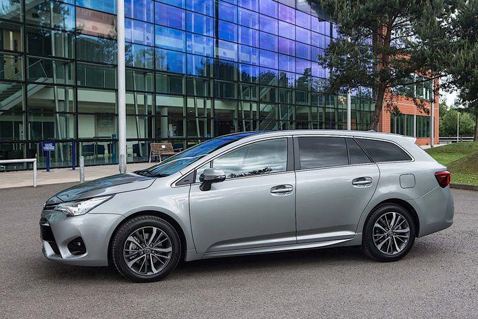 Toyota Avensis: de auto van een leraar Duits of een topcrimineel?