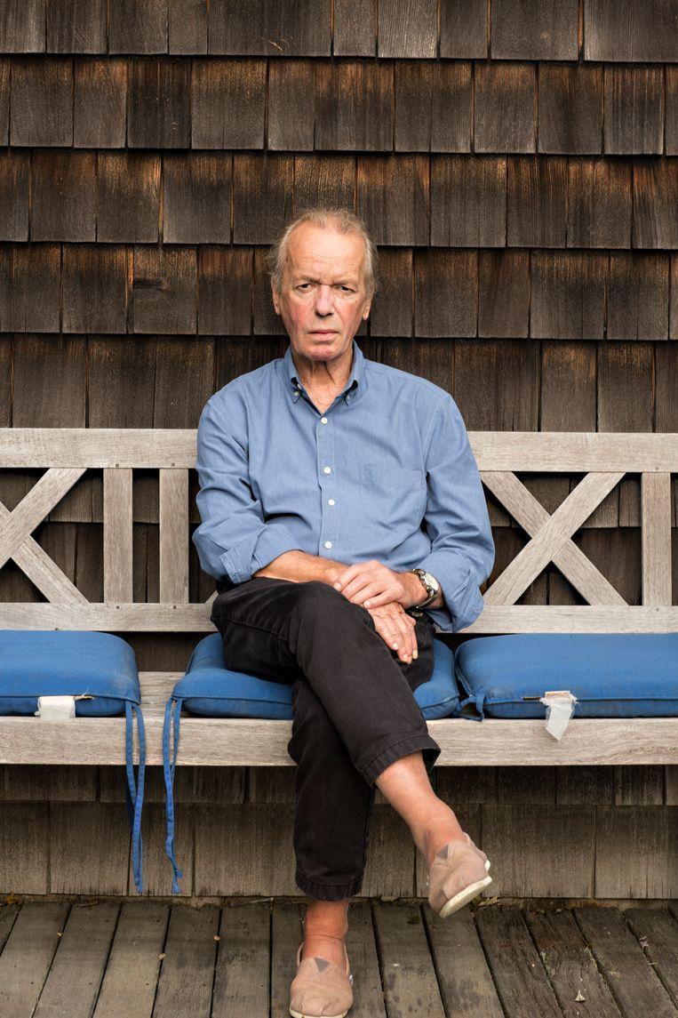 'Ik ben niet zo erg als Saul Bellow: die liet vrienden en familieleden een contract tekenen dat ze niet zouden procederen. Ik heb gewacht tot iedereen overleden was.' Beeld ELLEN SEIBERT