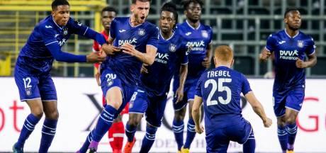 Anderlecht schiet weinig op met late remise, Van den Brom jaagt op Club Brugge