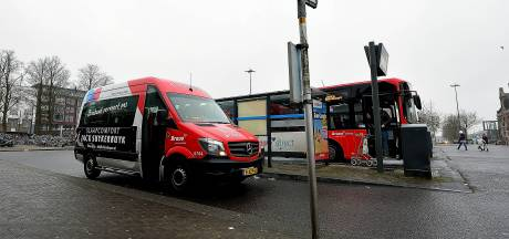 Buurtbus mag weer rijden, maar niet alle chauffeurs staan te springen: 'Eerst een prik'