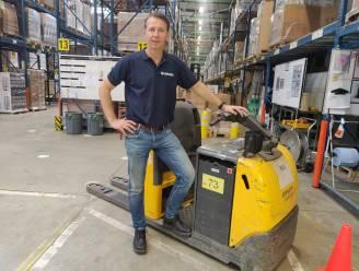 CEO van Brabantia draait door personeelstekort zélf een volledige shift mee in magazijn
