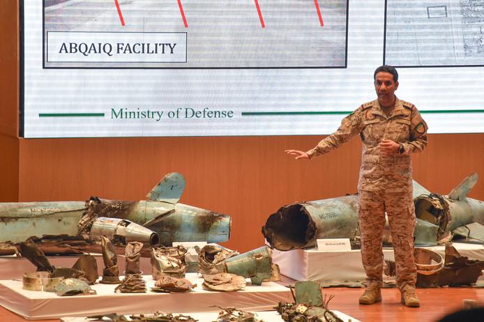 Tijdens een eerdere persconferentie van het leger van Saudi-Arabië werd uitgelegd dat de drones vermoedelijk van Iran zijn.
