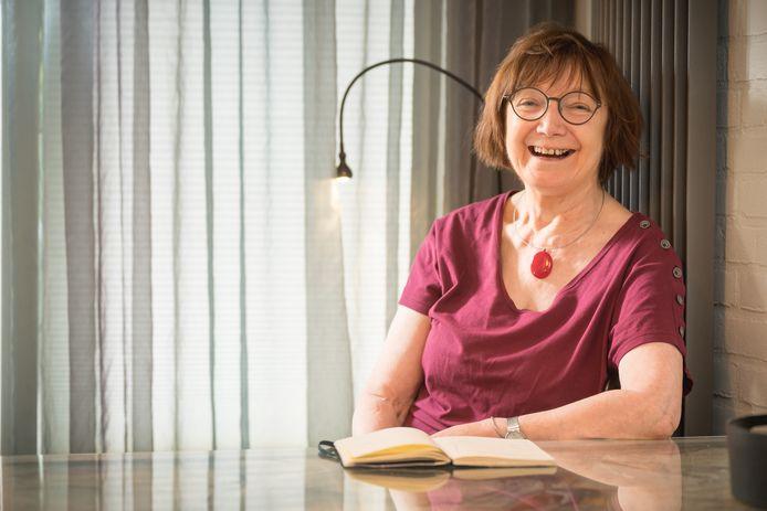 Ria Wigt ontving voor haar vrijwillige inzet voor verschillende doelen het Wagenings Erezilver.
