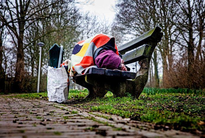 Illustratief beeld van een dakloos persoon in de Hoeksche Waard.