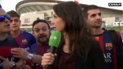 """Journaliste krijgt het op haar heupen van dronken fans: """"Raak me niet aan!"""""""