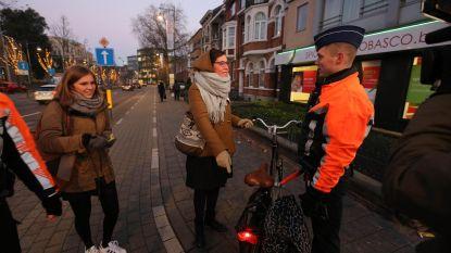 Politie houdt extra controles op fietsverlichting