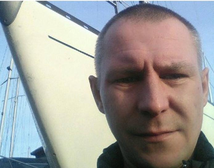 Foto van de politiesite van de vermiste man Dariusz Kloska. .
