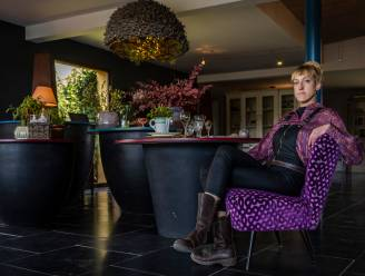 """Joke palmt met Miss Bouquet vroegere bloemenzaak ouders in: """"Nu nog alleen foodboxen, maar kijk al uit naar opening terras"""""""